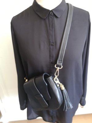 Schwarze Bluse lang