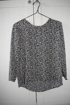 schwarze Bluse mit Blümchen