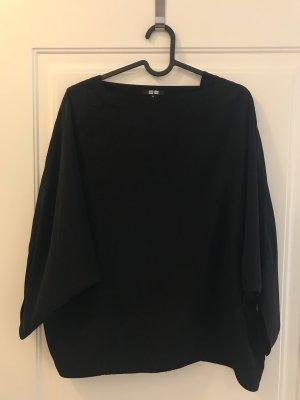 Schwarze Bluse mit Fledermausärmel