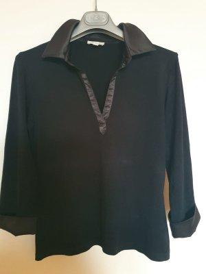 Schwarze Bluse mit langen Ärmeln