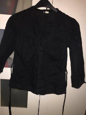 schwarze Bluse mit Schnürbänder