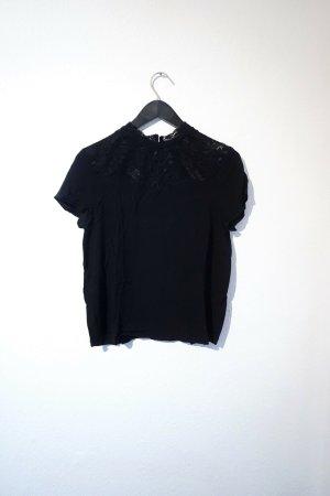 Schwarze Bluse von Only / Bluse mit Spitze / Lace Top