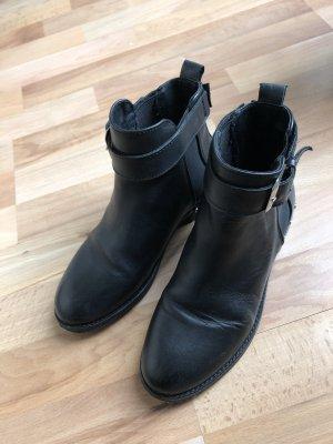 Kiomi Low boot noir
