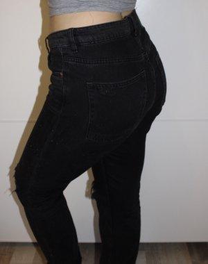 schwarze Boyfriend/Mom Jeans