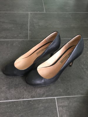 Buffalo Pumps black leather