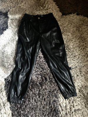 Bershka Cargo Pants black