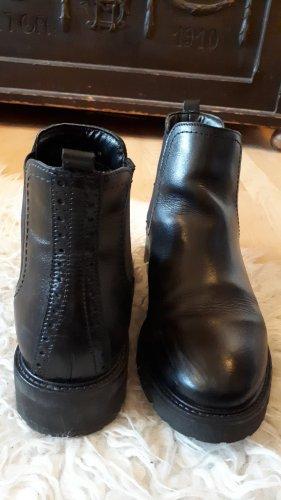 schwarze Chelsea Boots von 5th Avenue