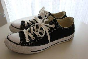 Schwarze Converse Chucks Größe 37,5
