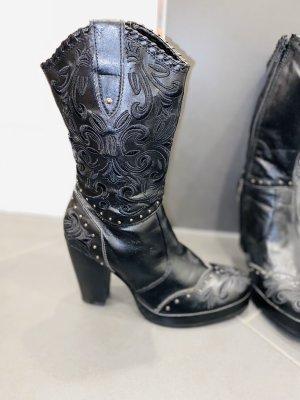 Jennifer Taylor Boots western noir