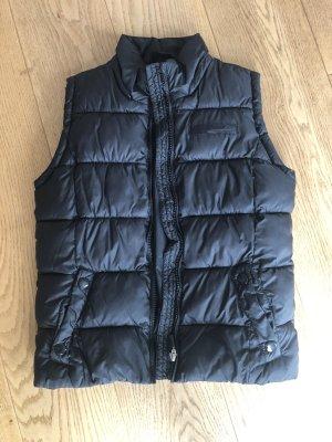 s.Oliver Down Vest black