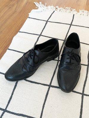Schwarze Echtleder Budapester / Oxford Shoes / Halbschuhe / Schnürschuhe