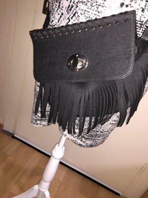 Bolso de flecos negro