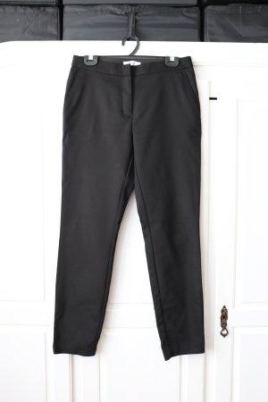 Schwarze Gerade geschnittene Hose Slacks von Reserved Größe 38