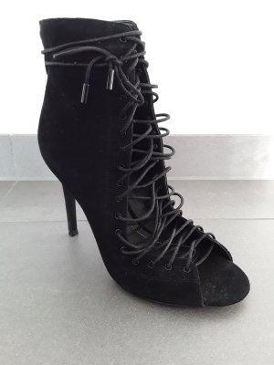Schwarze Ghillie-Stiefeletten aus