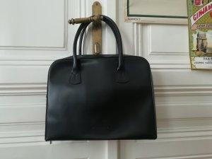 Schwarze Glattledertasche