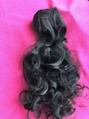 Schwarze Haare