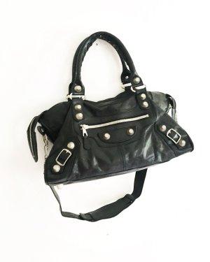 schwarze handtasche / vintage / leder  / edgy