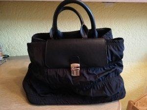 Schwarze Handtasche von Zara