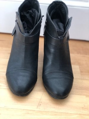Schwarze Harrow Rag and Bone Ankle Boots