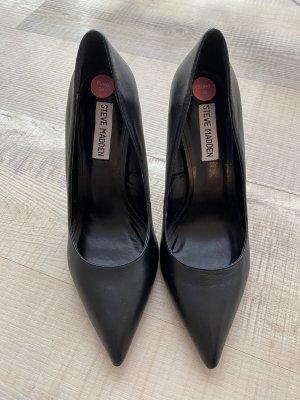 Schwarze high heel Pumps