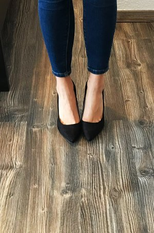 C&A Pointed Toe Pumps black