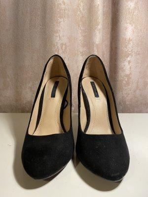 Schwarze High-Heels mit silbernem Absatz // ZARA