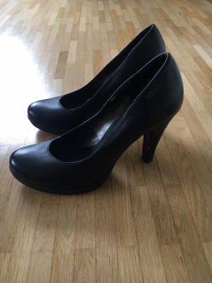 Schwarze High Heels von Tamaris