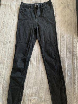 Schwarze High waist Jeans, kaum getragen