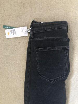 Schwarze highwaist Jeans (slim fit)
