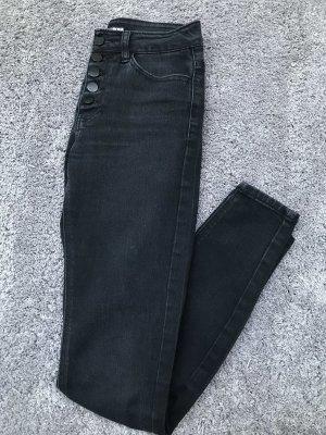 Schwarze Highwaist Jeans von Fashionnova