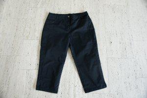 Schwarze Hose, 7/8-Länge, neuwertig