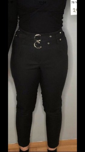 New Yorker Spodnie Capri czarny-srebrny