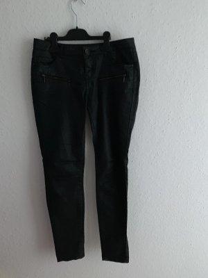 Schwarze Hose gecoated