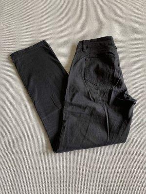Schwarze Hose gerader Schnitt