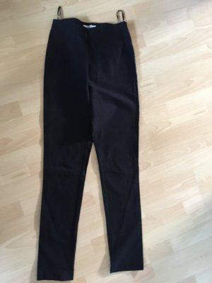 Schwarze Hose Gr. 36  skinny