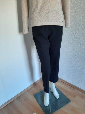 schwarze Hose Kurzgröße 19