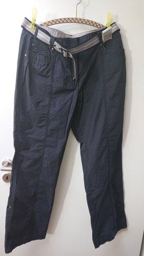 schwarze Hose mit Gürtel ungetragen Gr 44