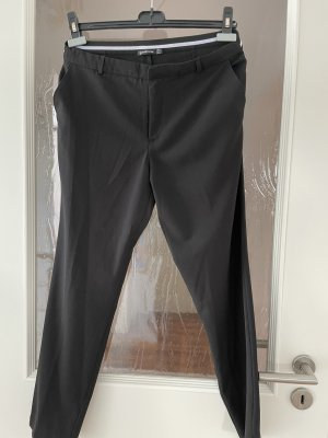 Stradivarius Pleated Trousers black