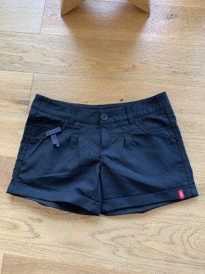 Schwarze Hotpants neu business Casual