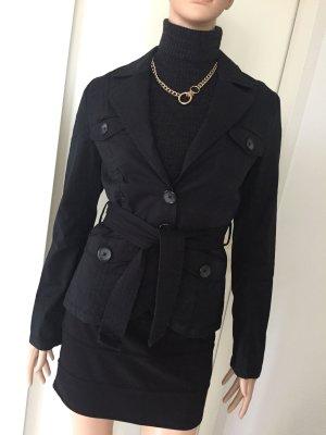 Schwarze Jacke, Blazer, mit Gürtel, viele Details