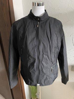 schwarze Jacke / leichte Sommerjacke / Übergangsjacke von Yessica- Gr. 42