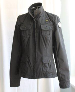 Schwarze Jacke von Blauer