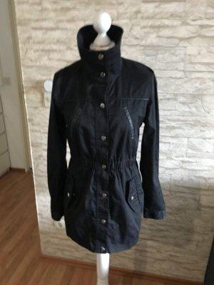 Schwarze Jacke von Vero Moda