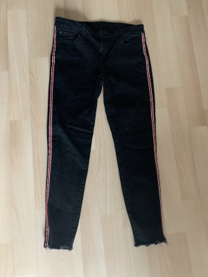 Schwarze Jeans mit streifen