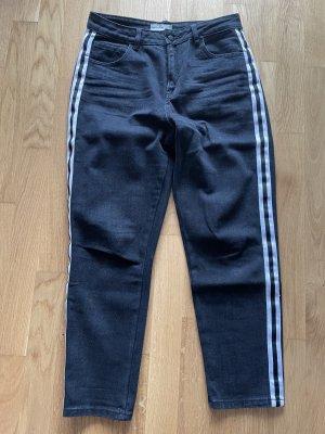 24Colours Spodnie typu boyfriend czarny-biały Bawełna