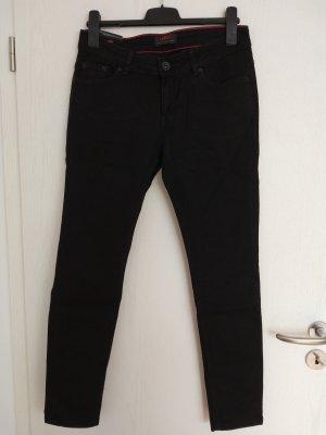 Schwarze Jeans von Cross