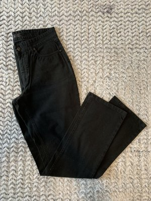 Schwarze Jeans von Mac Modell Melanie