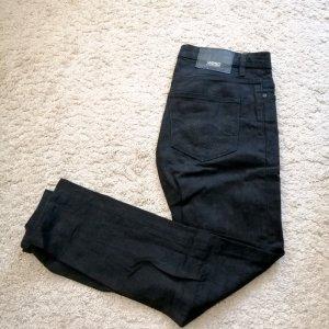 Wesc Dopasowane jeansy czarny