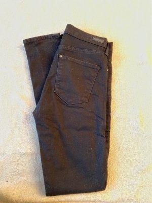schwarze Jeans W28