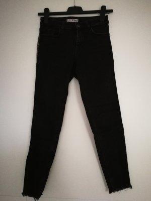 Schwarze Jeanshose Gr. 38